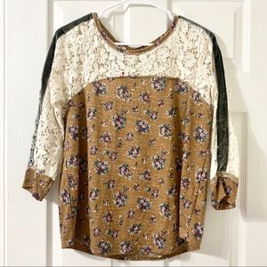 Retro Floral & Lace Blouse NWOT